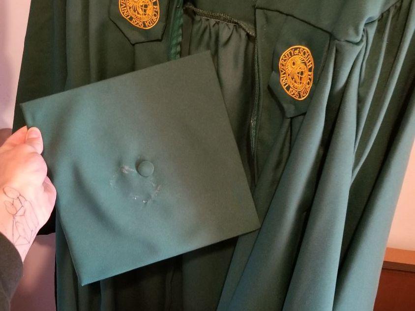 RENTERS BAY: Undergrad Cap & Gown