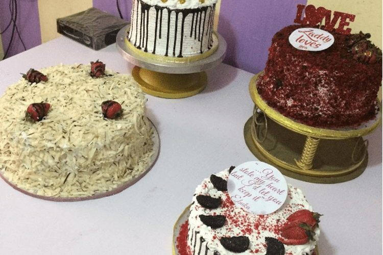 Cakes By Lonpe