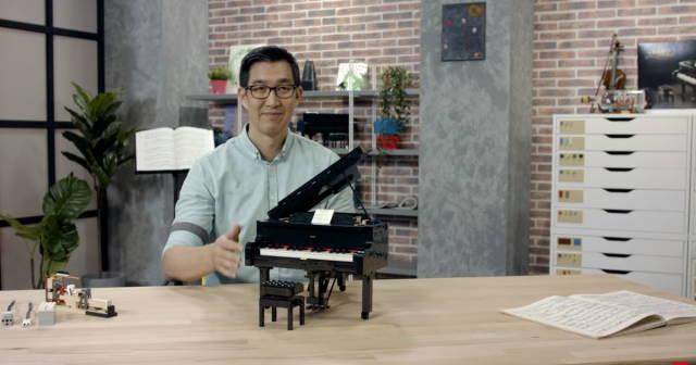 Woon Chee Tze designer of lego piano
