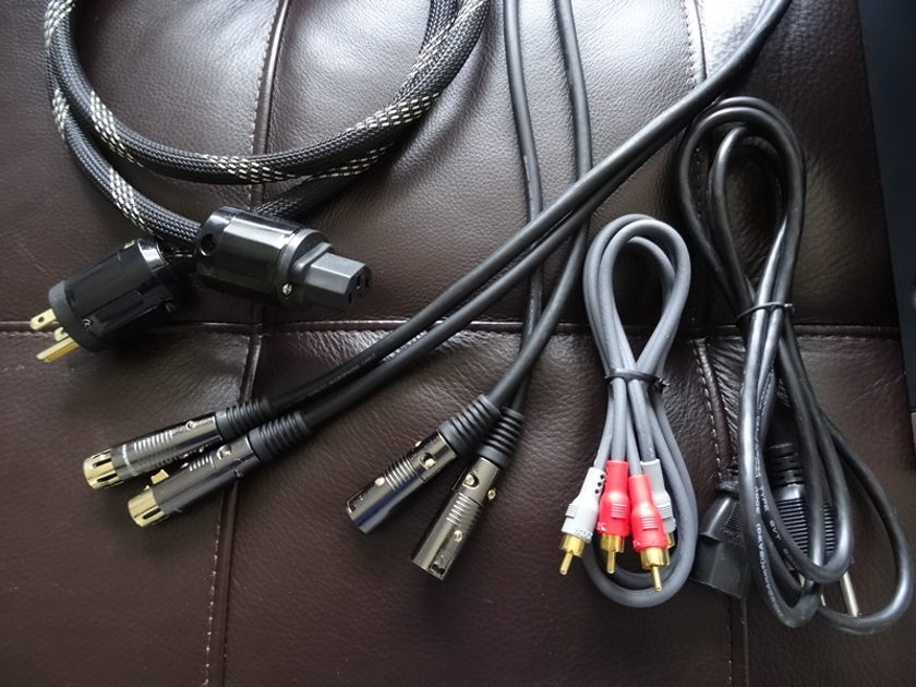 Stax SRM-006t Electrostactic Headphone Amp /w upgrade power cable & tubes and XLR cables