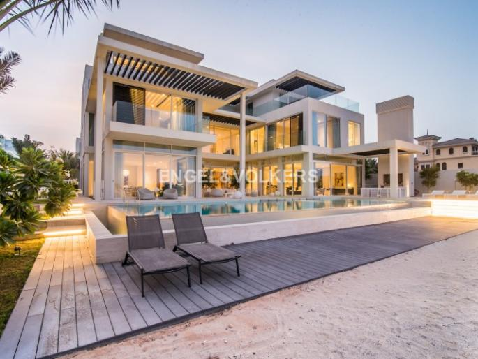 Wonderful Fantastic Brand New Tip Villa On Frond M House, Buy | United Arab Emirates,  Dubai, Palm Jumeirah Buying Price: 78,000,000 AED Details