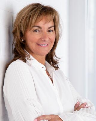 Lorraine Blain