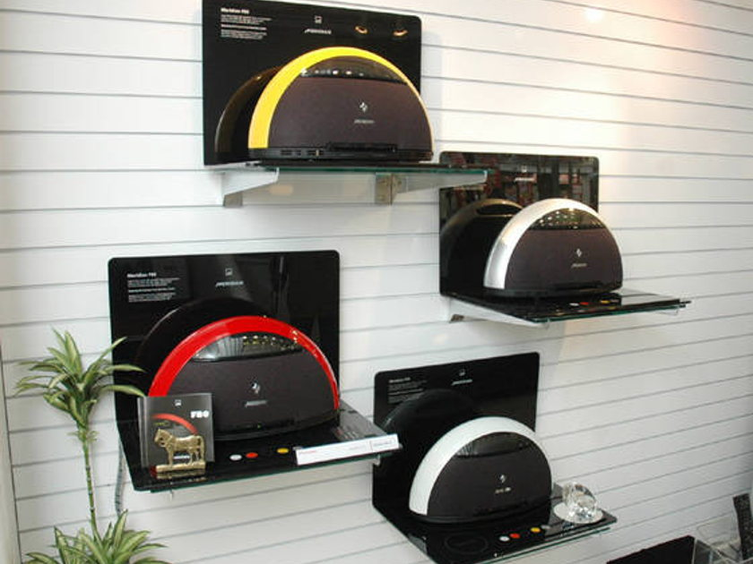 Meridian F80 CD/DVD/iPod compact system