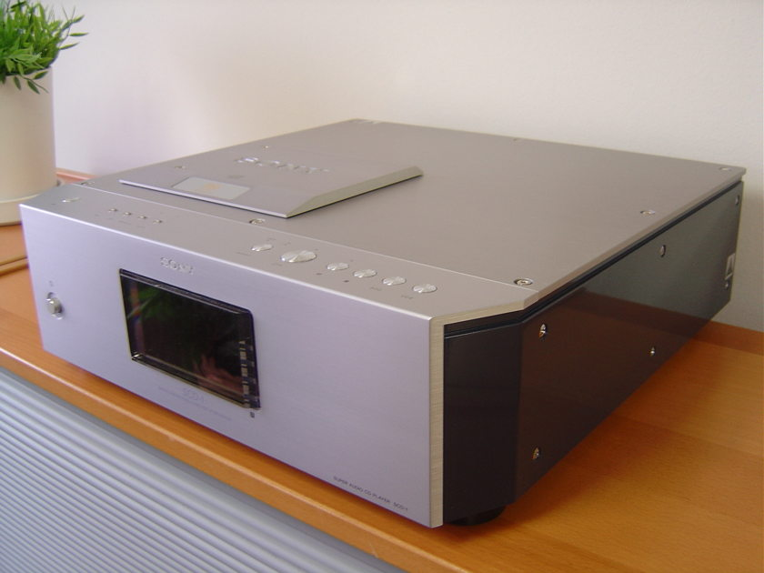 Sony SCD-1 Reference quaility SACD/CD player