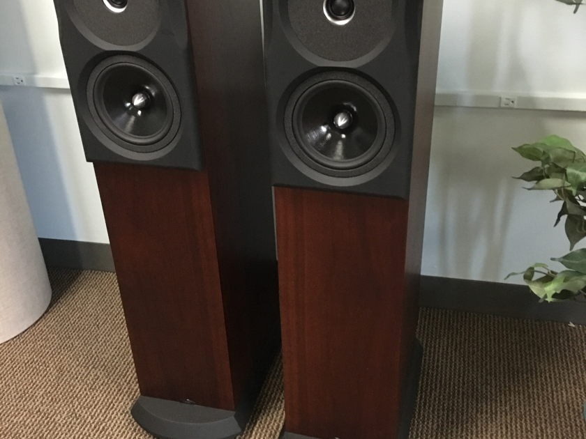 NEAT Acoustics Ultimatum XLi Mint Floor Demos!
