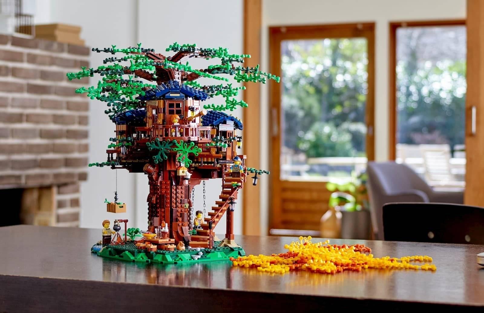 LEGO Tree House 21318