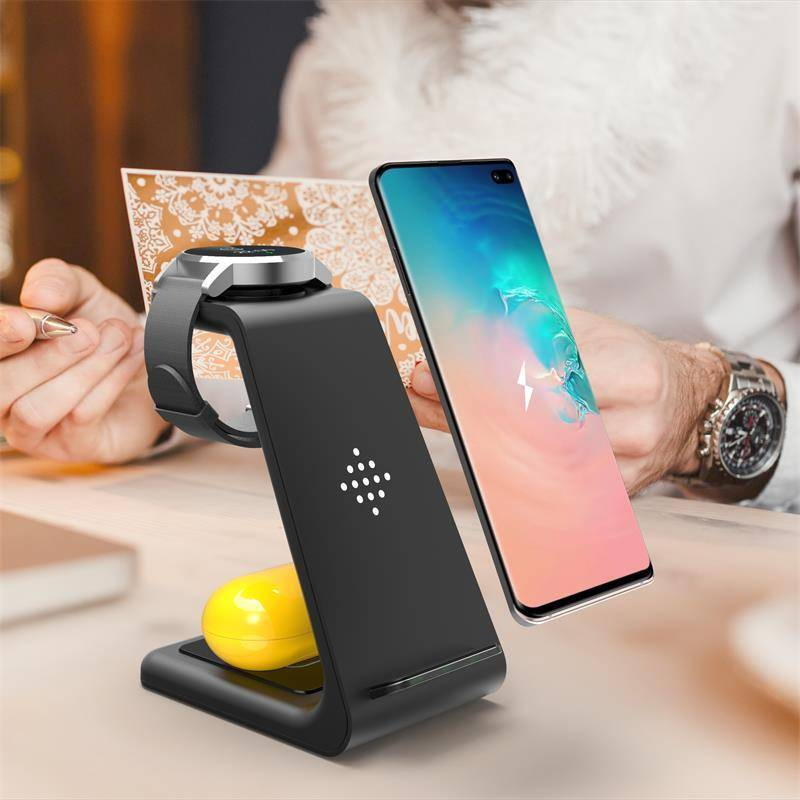 The RAX Ultimate All-In-One Fast Wireless Charger
