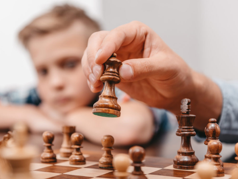 a-guide-to-chess-for-kids -curtainsnmore