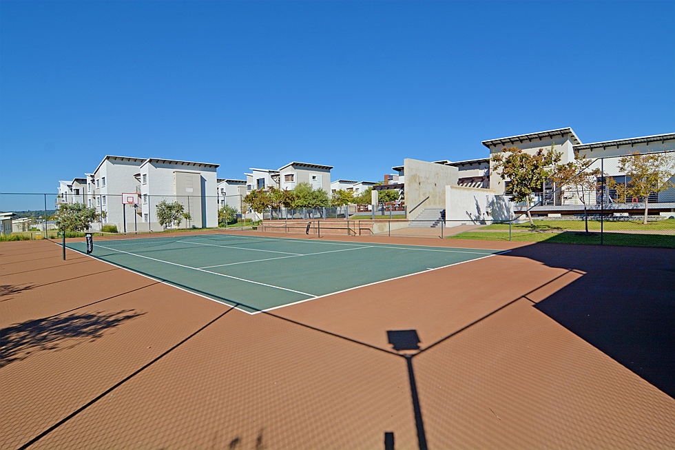 South Africa - Paddocks Tennis court.jpg