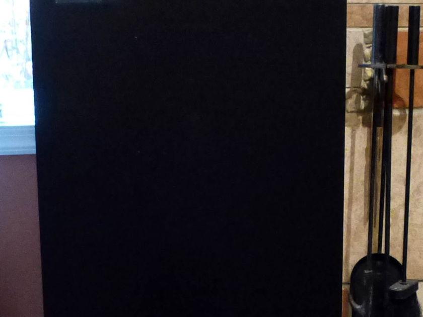 Vandersteen 2ce Signature  speakers with stands, pair