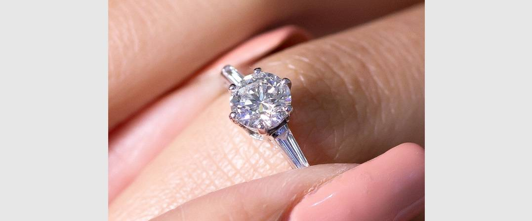 Solitaire diamond rings from PObjoy Diamonds-GIA certified