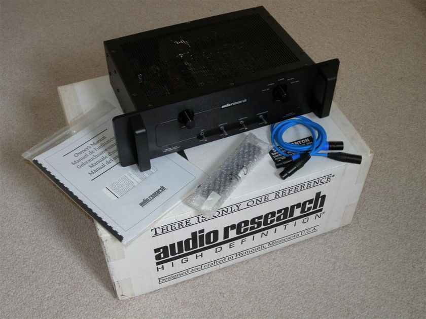 Audio Research LS12 BLACK
