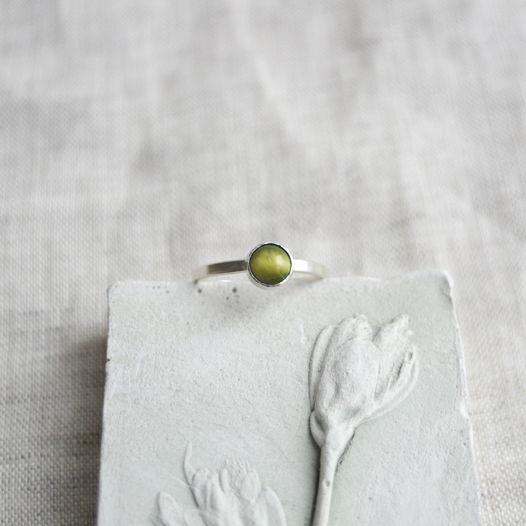 Кольцо из серебра с камнем. Тигровый глаз