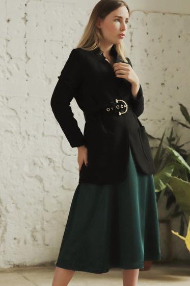 Изумрудная юбка с косым швом