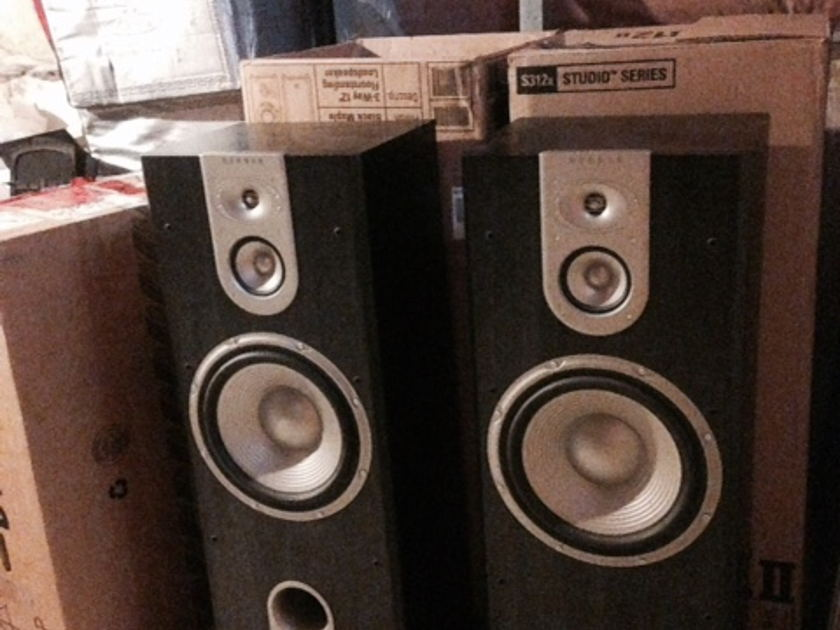 JBL  S312 Studio Series Stereo Speakers Floor Standing