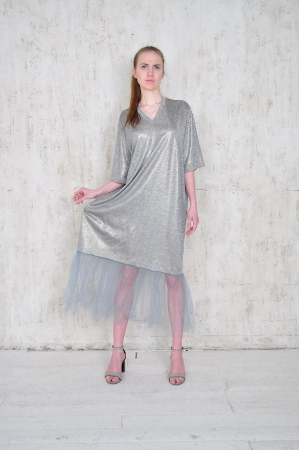 Трикотажное платье с рюшью из сетки