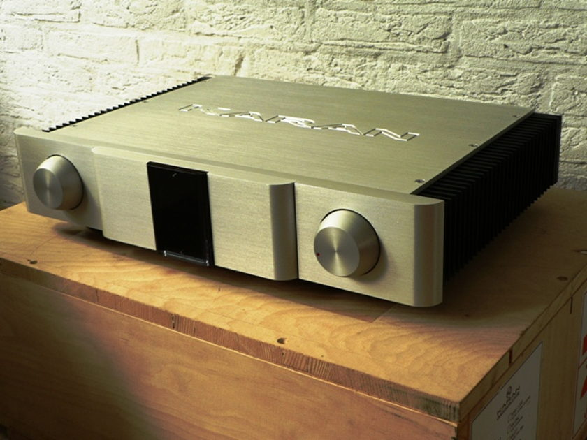 Karan Acoustics KAI180mk2 integrated amplifier