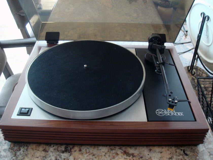 Linn Sondek LP12 with Basik LV X and cartridge