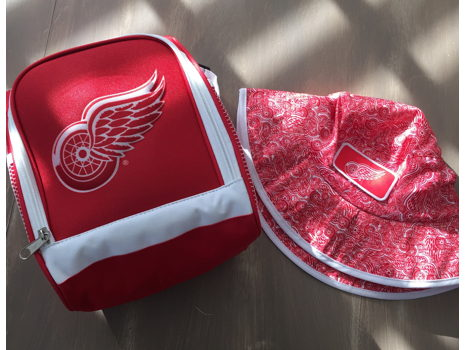 Detroit Red Wings Hockey Tickets & Swag