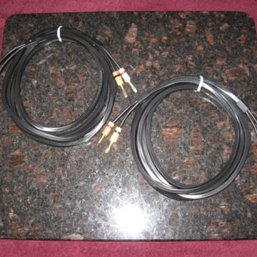 Q2 Black 10 ft. pair Speaker Cables