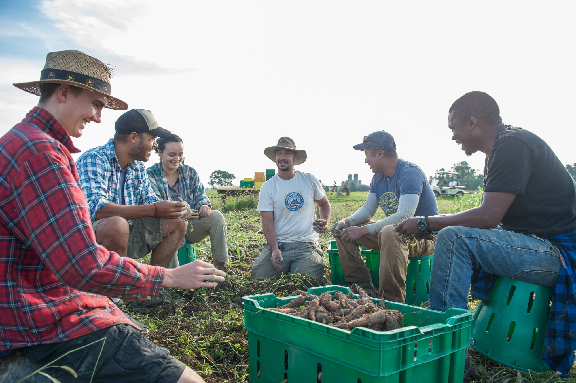 Rodale Institute group gathering field harvest
