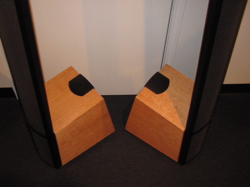 Martin logan spire natural cherry