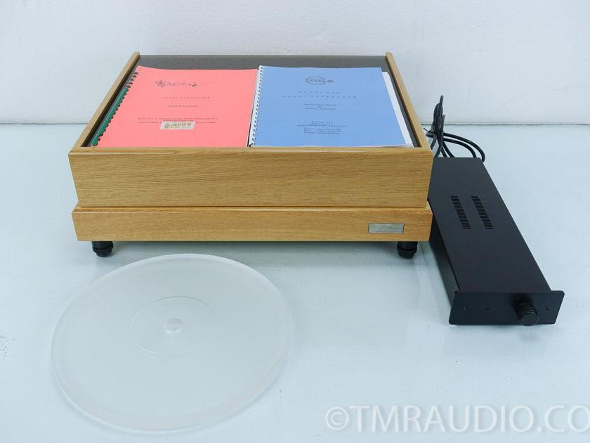 Kuzma Stabi Turntable;  Kuzma Stogi Reference Tonearm; Clearaudio Maestro (7365)
