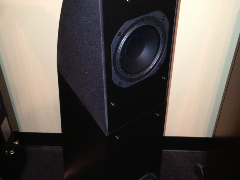 Martin logan Motion 12 in black mint condition