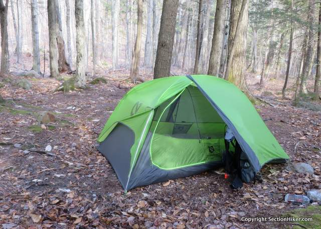 RENTERS BAY: 3 person tent