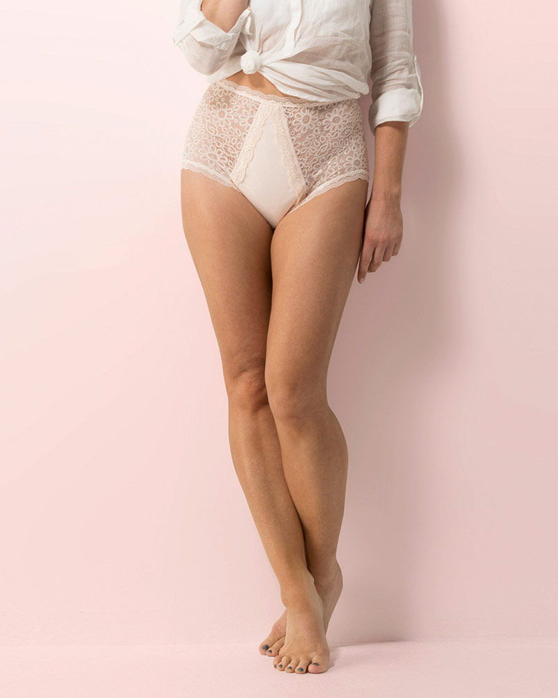 Confitex-incontinence-lingerie-full-brief-lace-beige