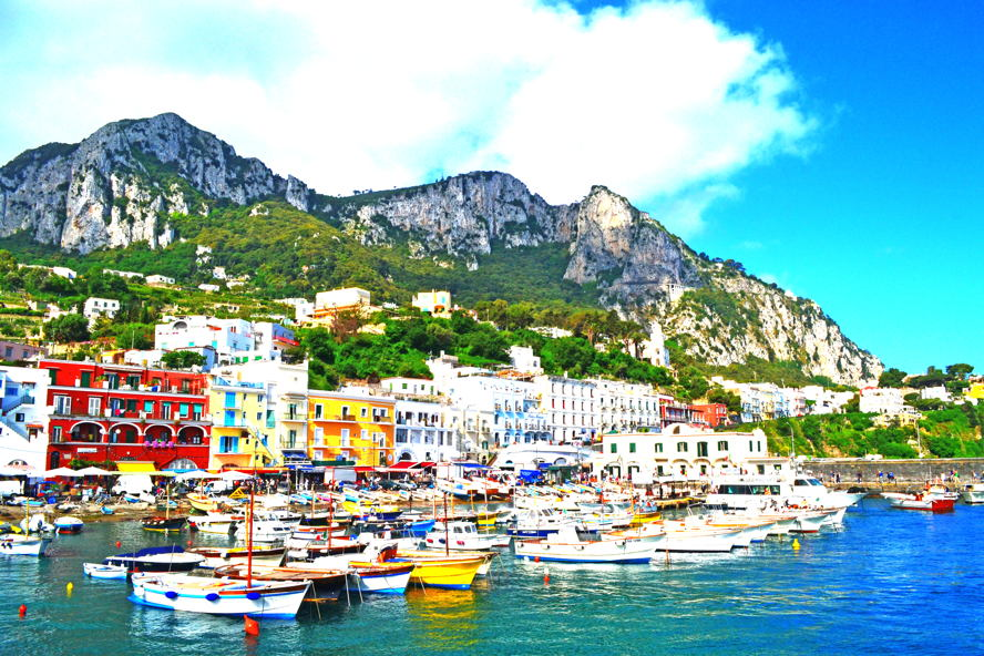 Milano - Harbour_of_Capri.JPG