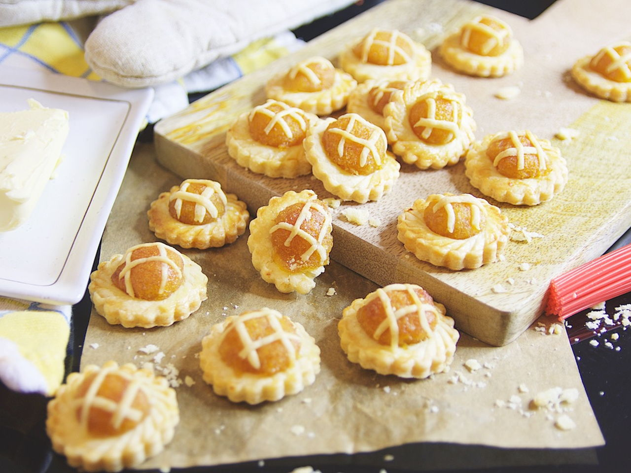 Nyonya Pineapple Tarts - Southeast Asian Recipes - Nyonya Cooking