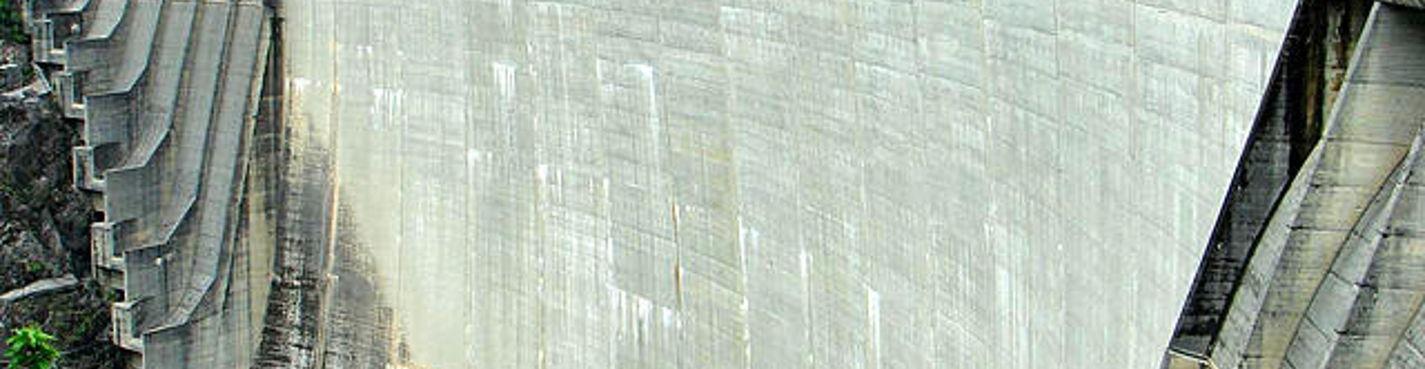 Банджи-прыжок — плотина Verzasca(Верцаска)