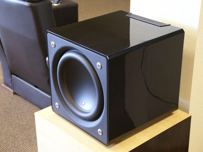 JL Audio E-112  Gloss Black