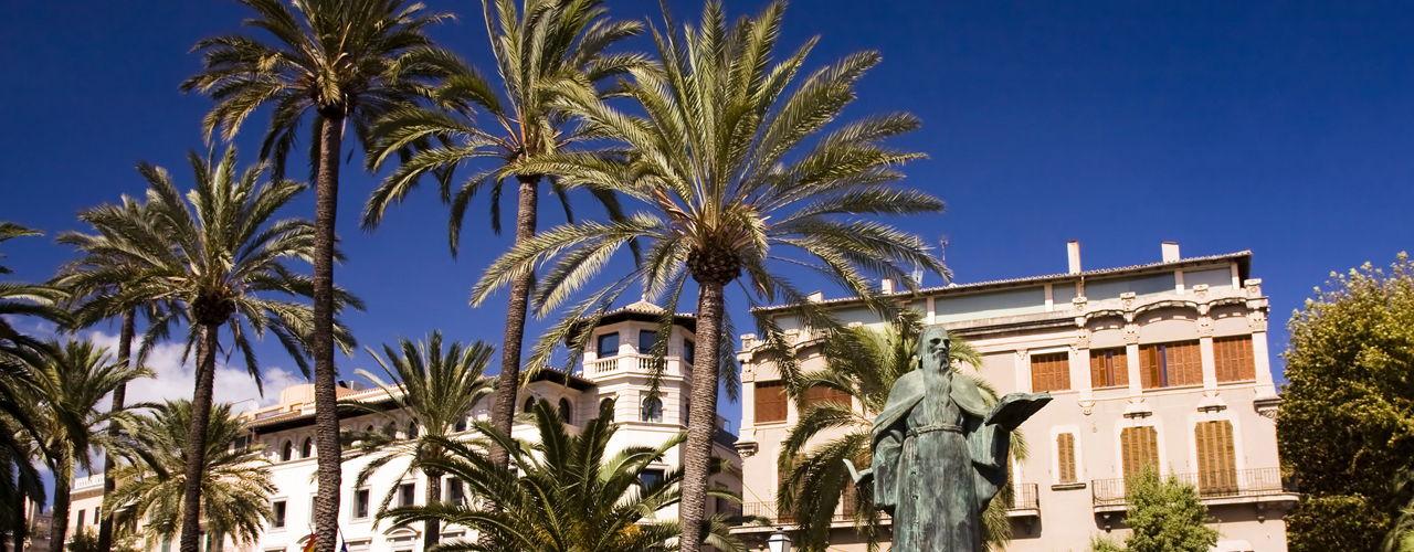 Engel & Völkers - Spain - PalmaPalma Centre & East - https://ucarecdn.com/8d98336f-7b1f-44a7-9a55-fa78128e8991/-/crop/1280x500/0,0/