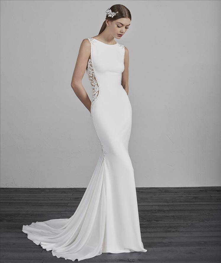 PRONOVIAS ESTIMA WEDDING DRESS