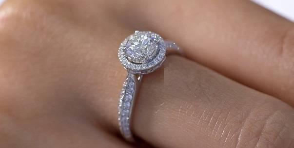 Laboratory grown diamond engagement ring with halo - Pobjoy Diamonds in Surrey