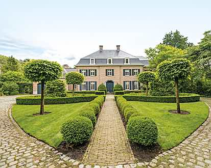Mahón - Unique villa in manor-house-style in Belgium