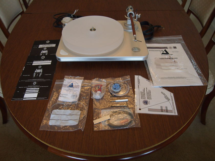 Clearaudio Turntable Performance SE with Satisfy Satine Wood Arm Come with Cover and original accessories without gloves