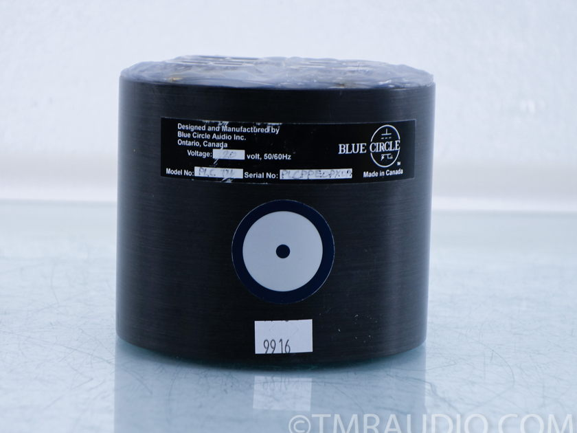 Blue Circle Audio  PLC 6 Outlet Thingee  AC Conditioner (9916)