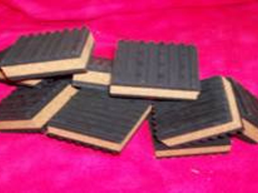 SQ-Products Isol-Pads set of 4 high quality isolation pads