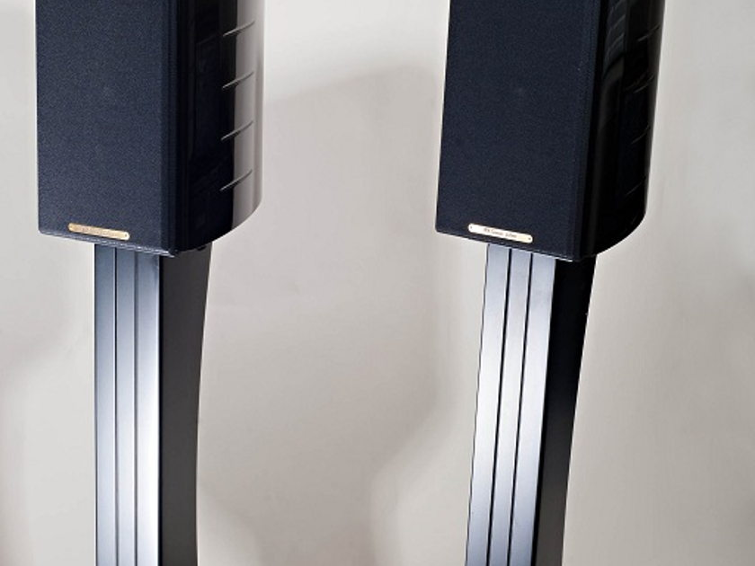 Sonus Faber Concertino Domus Includes Matching Stands