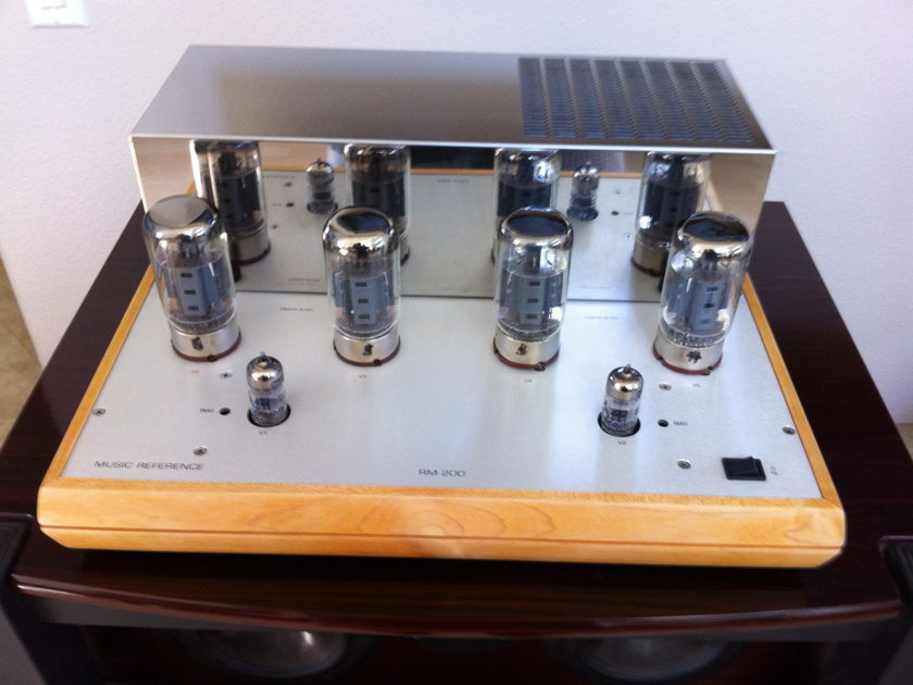 Music Reference RM 200 Tube Power Amplifier