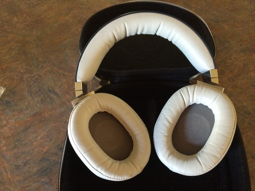 Oppo PM-3 Planar Magnetic Headphone with Wireworld Pulse cable