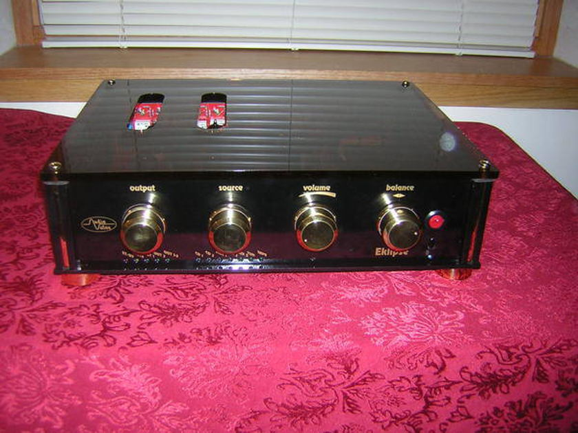 Audio Valve Eklipse Tube preamp - w/ great tubes! Look!