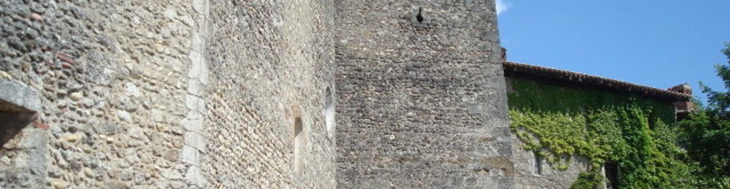 Перуж — Жемчужина Средневековья