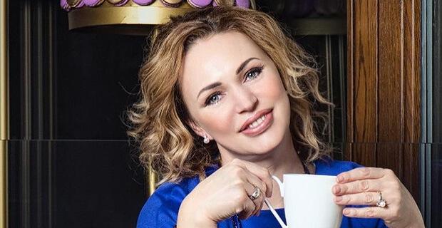 Премия Power Stars 2019. Алла Довлатова названа «Радио Леди» страны - Новости радио OnAir.ru