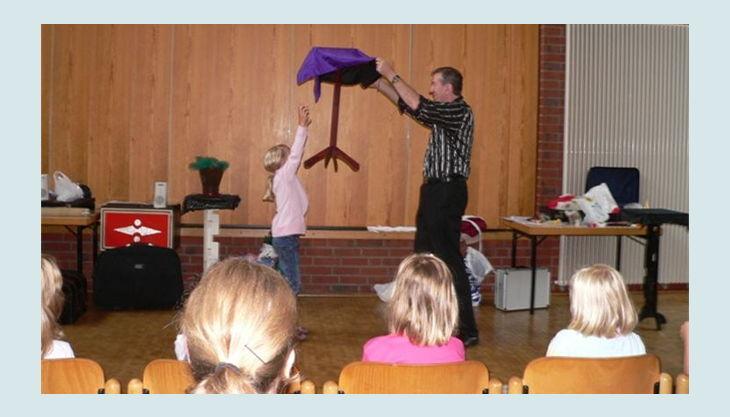 magic wobo fliegender tisch