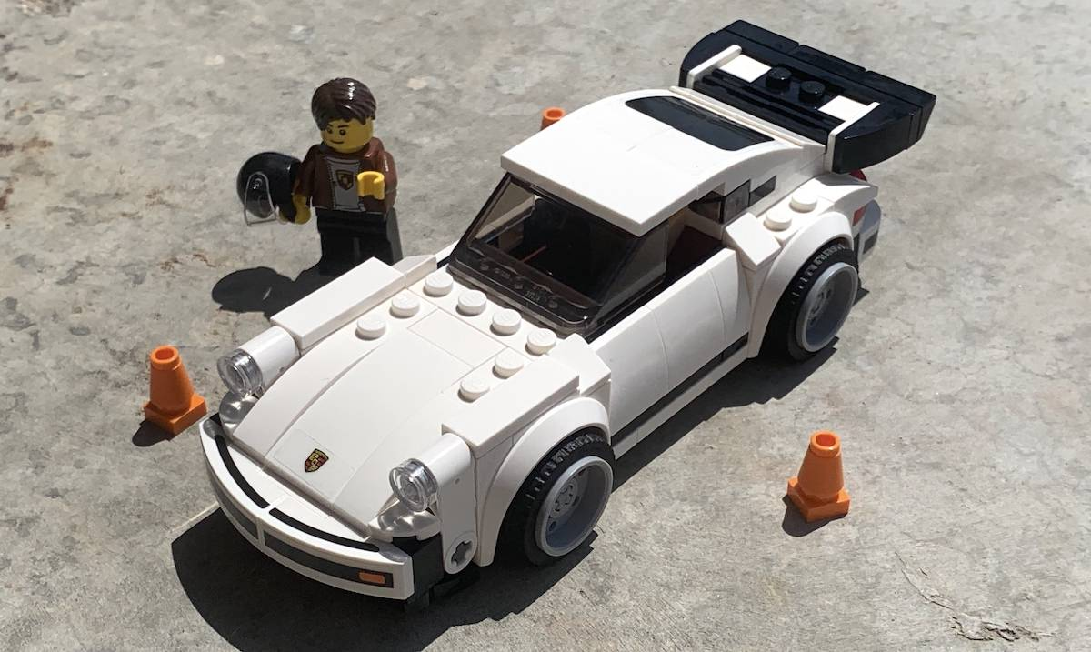 lego 75895 car with minifigure
