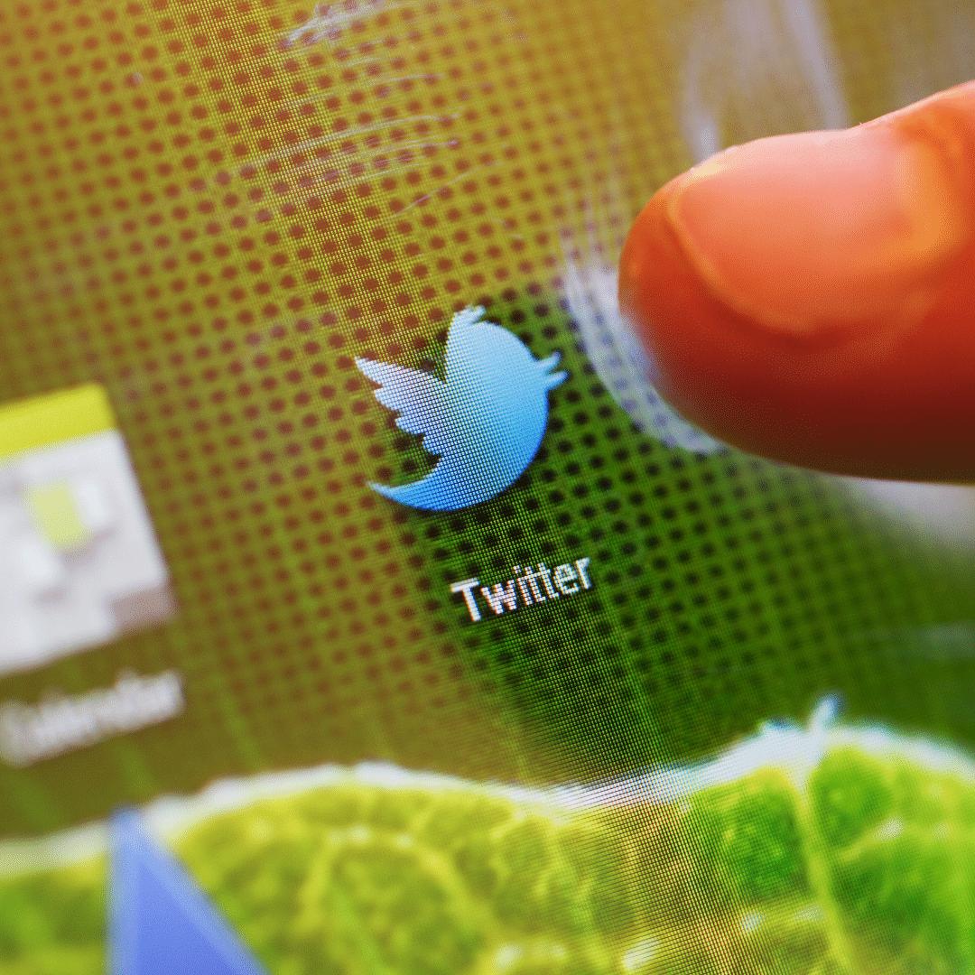 شراء متابعين على تويتر